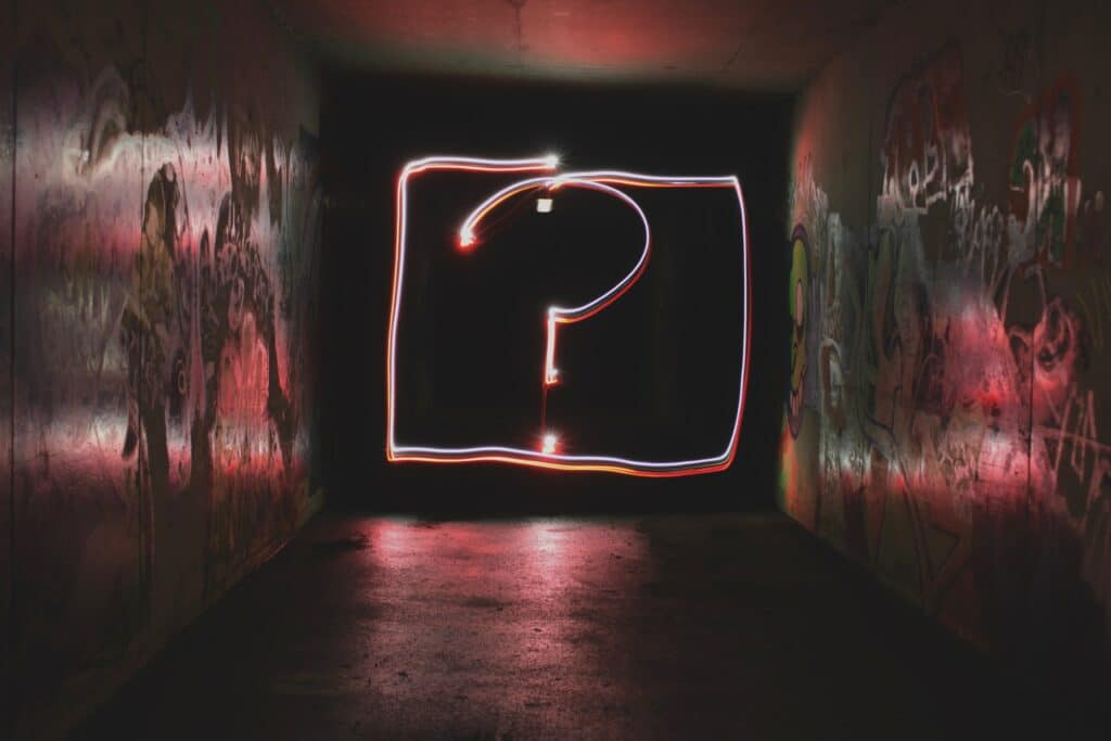 an image of question mark used to symbolize the questions people have about addiction treatment
